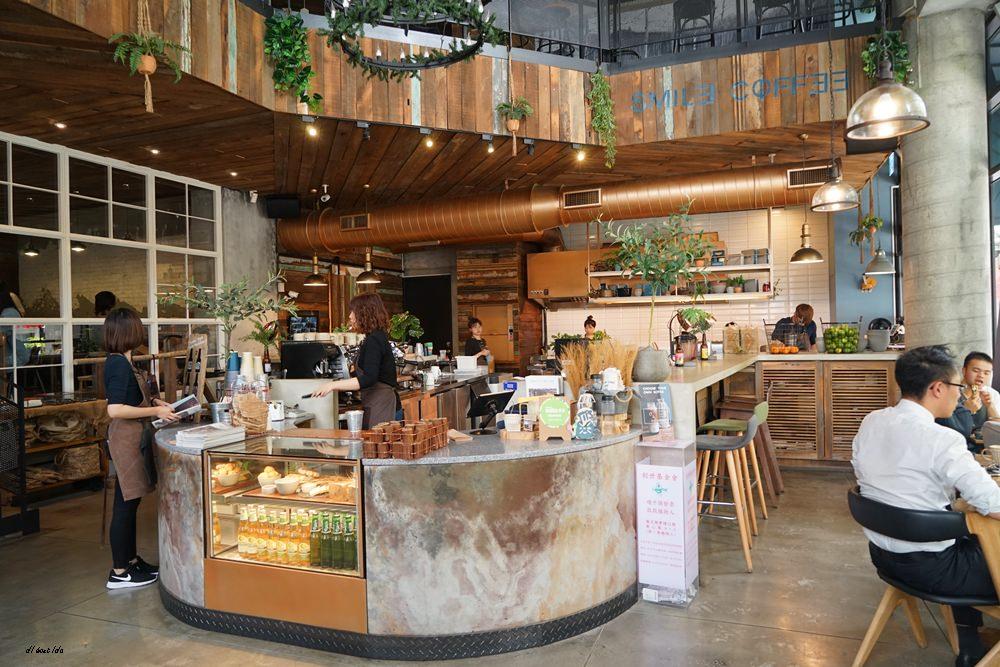 20180917123921 19 - 來吃丹麥穀倉雞蛋盒早午餐│環境與餐點都推薦的台中人氣名店 憲賣咖啡