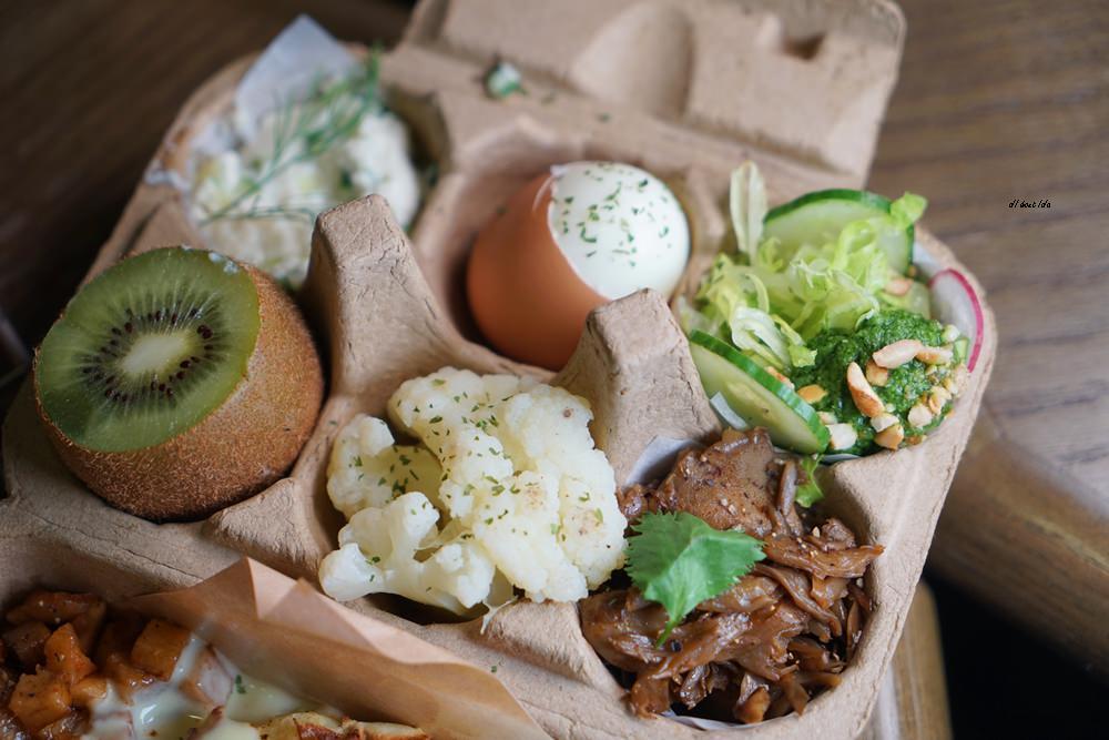 20180917124001 11 - 來吃丹麥穀倉雞蛋盒早午餐│環境與餐點都推薦的台中人氣名店 憲賣咖啡
