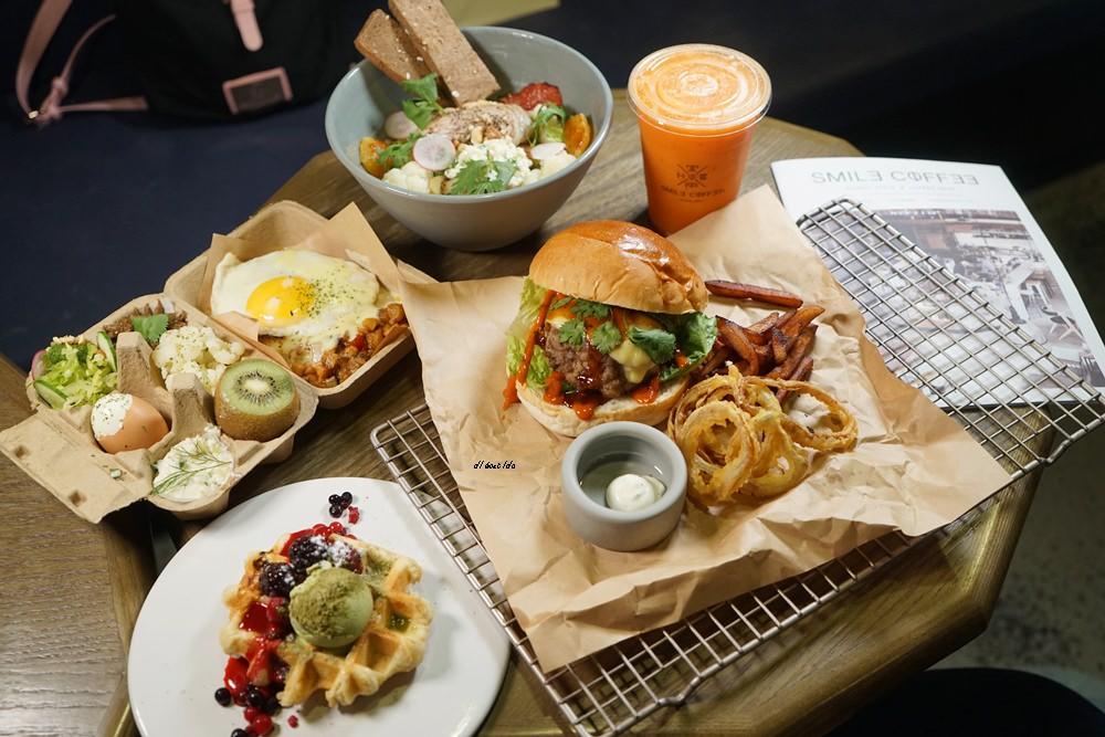 20180917124018 37 - 來吃丹麥穀倉雞蛋盒早午餐│環境與餐點都推薦的台中人氣名店 憲賣咖啡