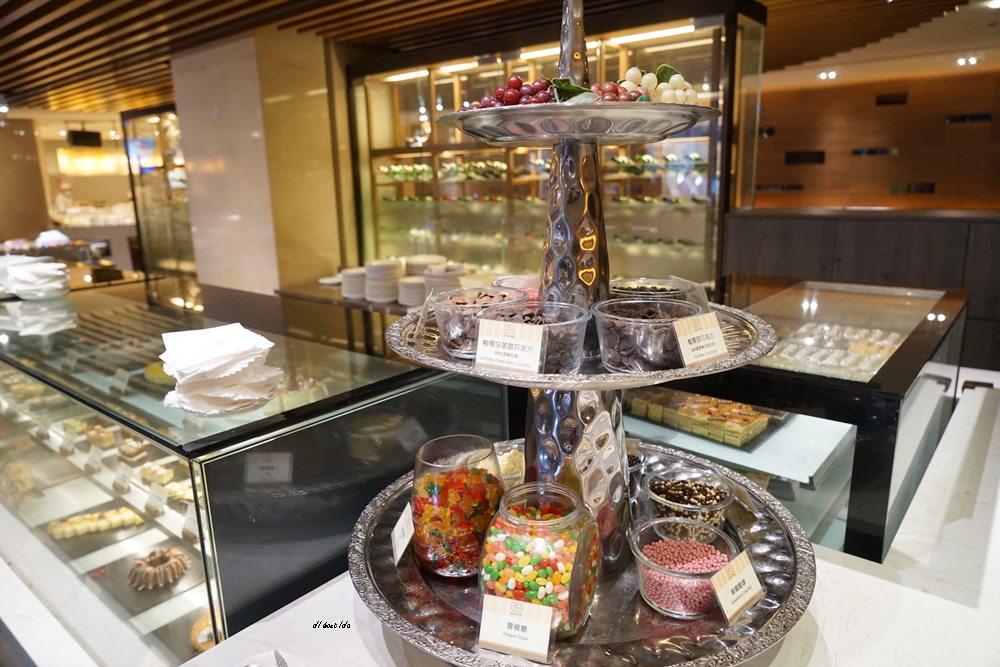 20180925133624 15 - 尾牙聚餐︱裕元花園酒店自助餐 溫莎咖啡廳buffet吃到飽 買餐券卡便宜