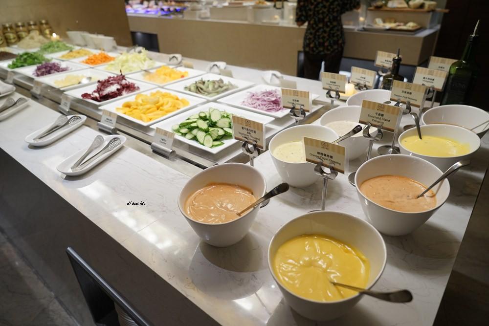20180925133636 13 - 尾牙聚餐︱裕元花園酒店自助餐 溫莎咖啡廳buffet吃到飽 買餐券卡便宜
