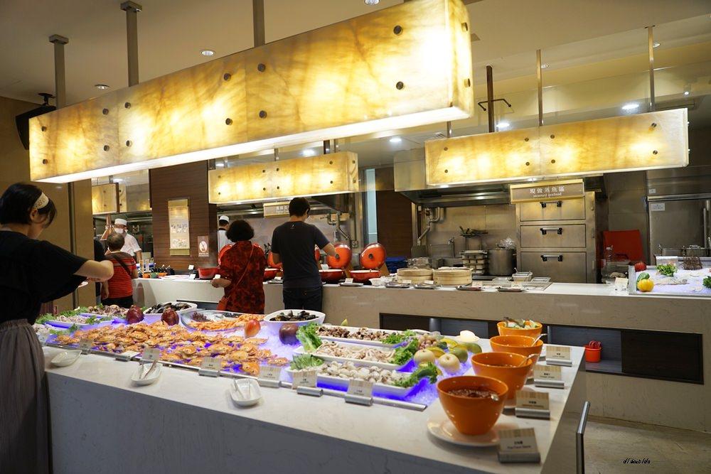 20180925133838 31 - 尾牙聚餐︱裕元花園酒店自助餐 溫莎咖啡廳buffet吃到飽 買餐券卡便宜