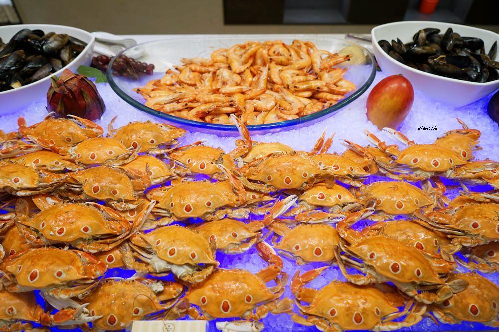 20180925133841 100 - 尾牙聚餐︱裕元花園酒店自助餐 溫莎咖啡廳buffet吃到飽 買餐券卡便宜