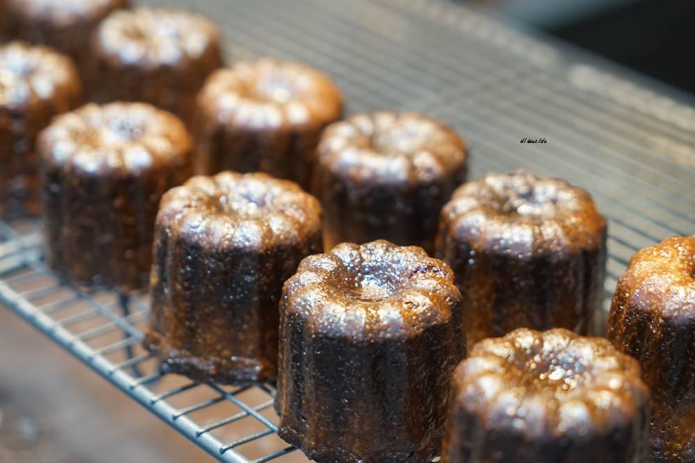 20190427131147 54 - 熱血採訪│Delle Bakery進軍逢甲夜市,每天現烤三種口味,每爐需烤80-90分鐘