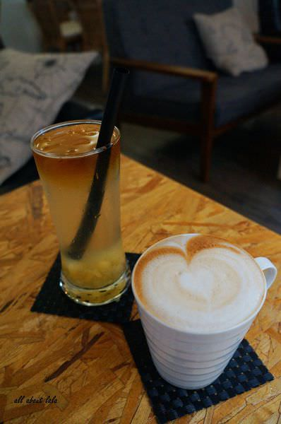 60bdc22e3180efab91e644fc94d3208a - [熱血採訪]逢甲佈達咖啡 厚鬆餅 三明治 下午茶 夜間搖身一變為酒吧