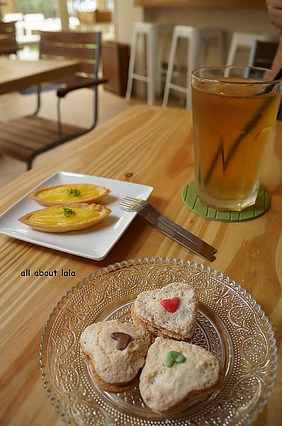 9df459376ba6df57add9490673dde6d8 - 台中 日籍師傅坐鎮 LAbbito 輕茶館 點心超可愛 可麗餅好吃