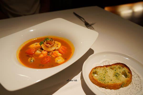 f704da73aa10b706c5002fe8fd3f2cb9 - 台中美食 法森小館 法式料理 絕佳慶生與約會餐廳!!